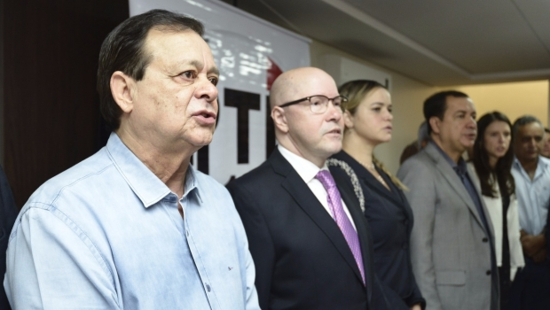 Jovair Arantes diz que trabalha para barrar denúncia contra Michel Temer