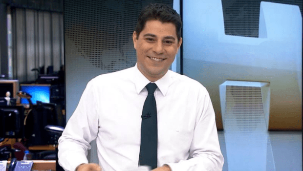 Evaristo Costa decide sair da Globo, revela colunista