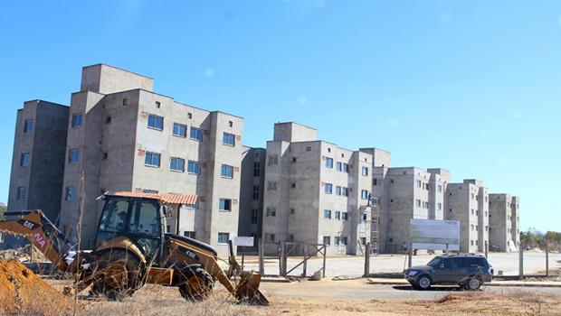 Governo retoma obras paralisadas em Palmas
