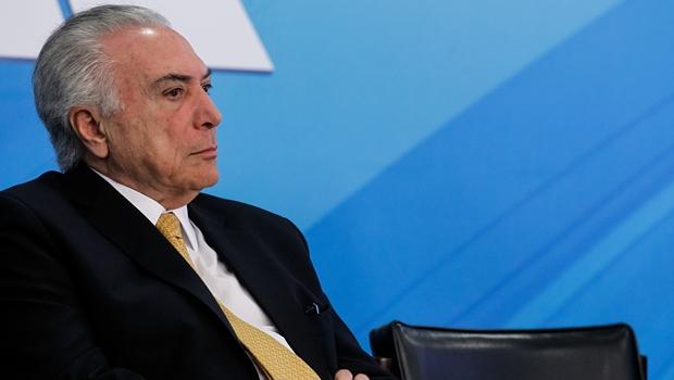 Em relação a Michel Temer, o PSDB é casado mas quer levar vida de solteiro