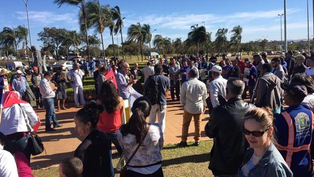 Servidores aguardam posicionamento de Iris às vésperas de definição sobre greve
