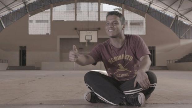 Documentário mostra estudantes, diretores e professores de escolas públicas de Goiás