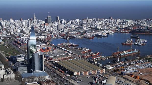 Maconha livre faz sucesso no Uruguai e não provoca escândalo