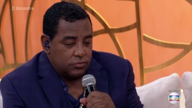"""Vocalista do Raça Negra diz que meninas devem evitar roupas que """"provoquem o abusador"""""""