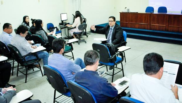 Programa de desligamento voluntário para servidores estaduais é anunciado