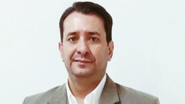 Carlos Júnior vai ser presidente do PMDB em Goiânia. Porque Iris Rezende quer e exige