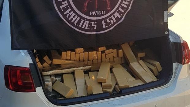 Polícia apreende uma tonelada de maconha em Goiás