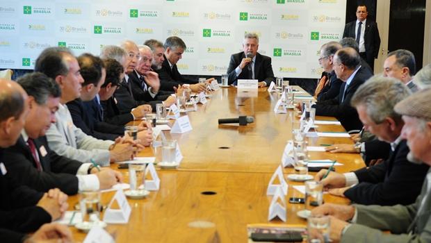 Governo do DF recebe apoio do setor produtivo para unificar fundos da Previdência