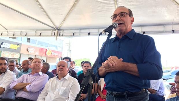 No aniversário de Trindade, Governo assina convênio de R$ 5 mi para obras de recapeamento