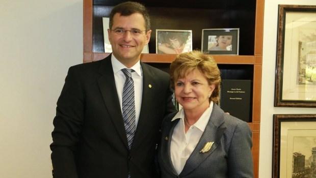 Deputado diz que Lúcia Vânia e Marcos Abrão são encrenqueiros mas vão ocupar Secretaria Cidadã