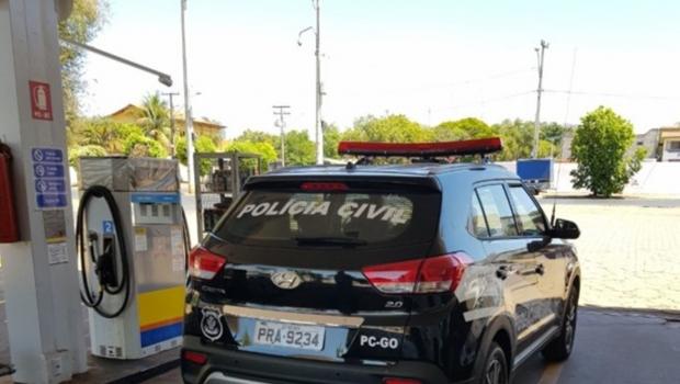 Posto com gasolina adulterada é interditado em Goiânia