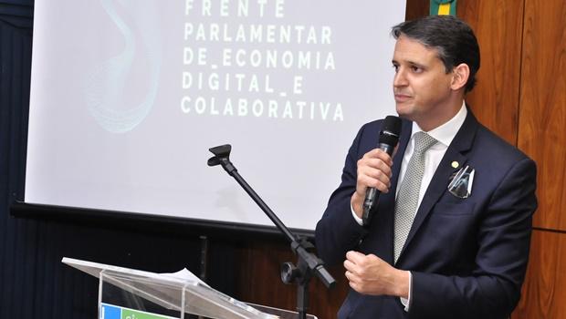 Defesa de transporte mais barato consagra Thiago Peixoto no país