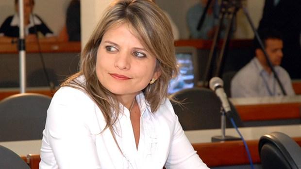 Aliados dizem que Flávia Morais aposta que vai superar Delegado Waldir em votos