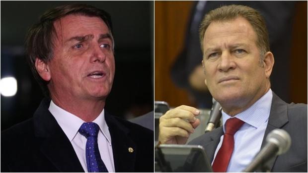 Bolsonaro compartilha notícia falsa sobre deputado goiano e paga mico na web