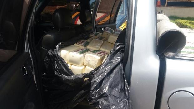 Empresário é preso com uma tonelada de queijo irregular que seria distribuído em bares do DF