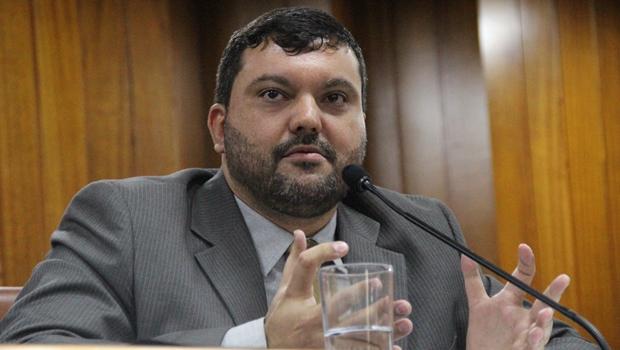 Vereadores convocam secretário de Finanças para explicar caos no Imas