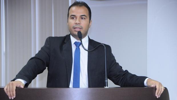 Projeto propõe fim da cobrança de tarifa mínima de água na capital