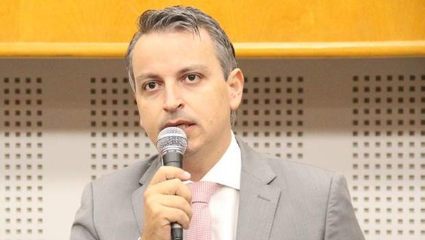 Vereador Gustavo Cruvinel diz que pode deixar o Partido Verde