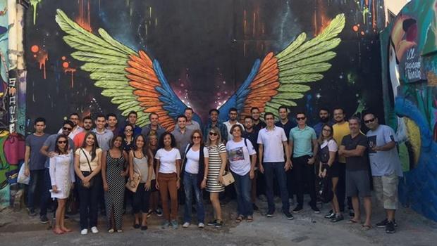 """O movimento que quer """"virar a página"""" da polarização política no Brasil"""