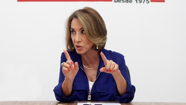 """Raquel Teixeira diz que não tem projeto pessoal. """"Meu projeto é o de Zé Eliton"""""""