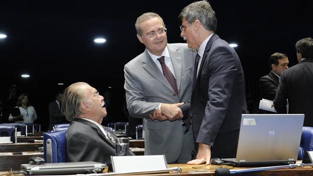 Renan, Jucá e Sarney continuam livres, leves e soltos