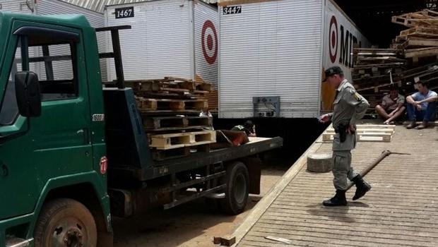 Criança de 9 anos morre após ser atropelada pelo próprio pai em Goiânia
