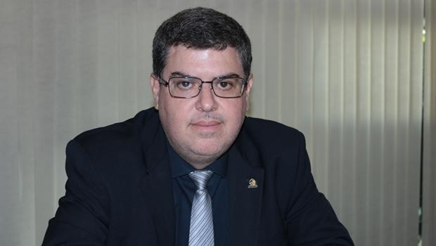 Diretor da Agehab faz palestra em Brasília sobre regularização fundiária