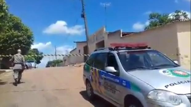 Dois jovens são encontrados mortos com cerca de 30 tiros, em Goiânia