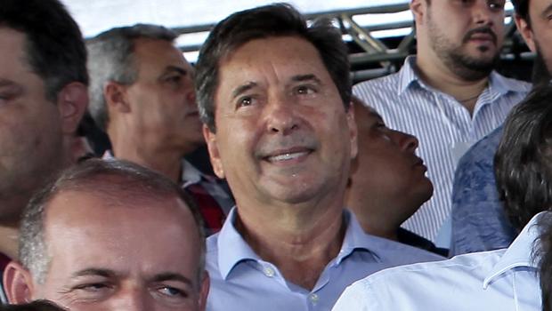 """Ao lado de tucanos, Maguito é convidado a se unir contra """"quem nunca fez nada por Goiás"""""""