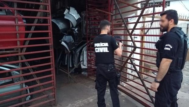 PC deflagra operação contra quadrilha de roubo de carros em Goiás