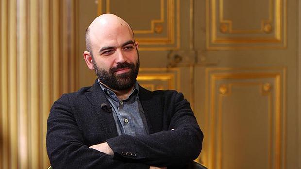 Roberto Saviano diz que Estado Islâmico influencia jovens mafiosos da Camorra