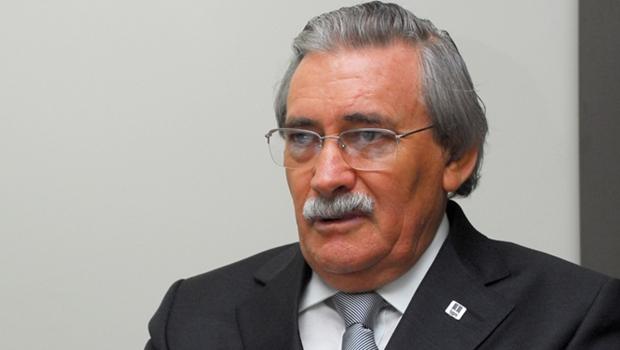 TJ-GO confirma aposentadoria do desembargador Geraldo Gonçalves