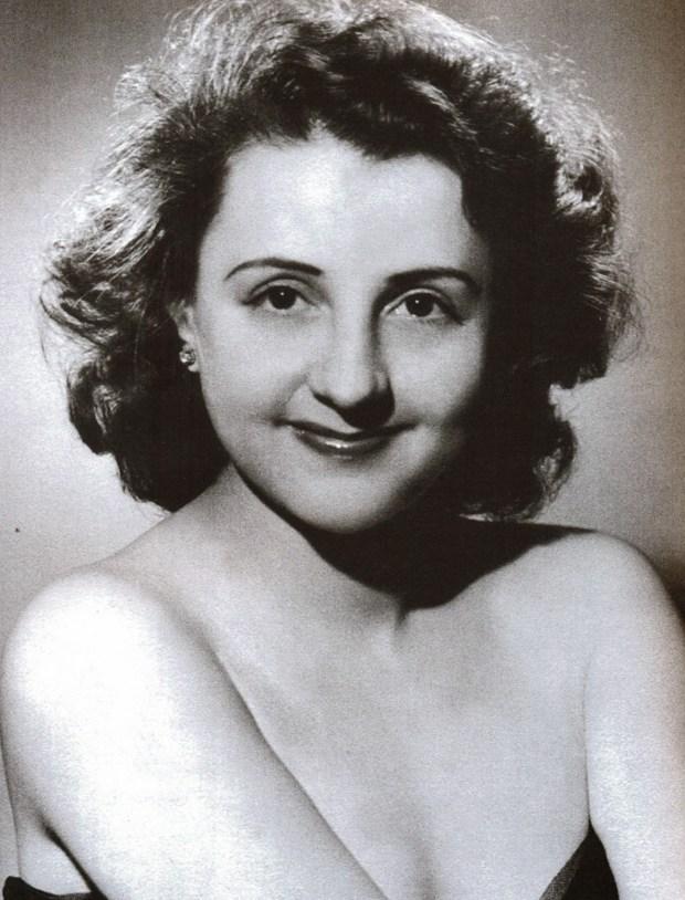 Resultado de imagem para Eva Todor, aos 98 anos.