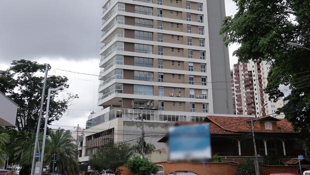 Construtora conta com eventual mudança na legislação para liberar prédio irregular