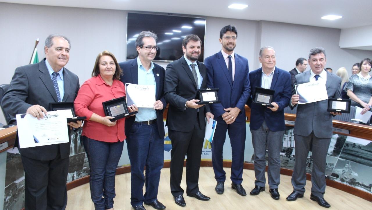 TCM-GO certifica prefeitos goianos com as maiores pontuações no IEGM