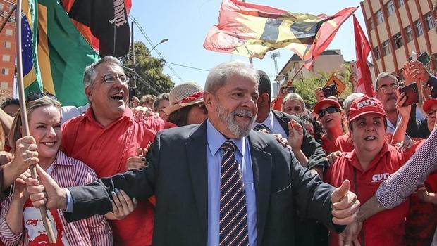 Com PEC da 2ª instância no Congresso, Lula inicia roteiro pelo Nordeste