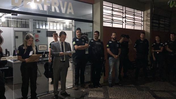 Despachantes e servidores do Detran são presos por fraude em Anápolis