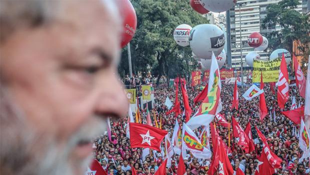 PT mantém candidatura do corrupto Lula da Silva