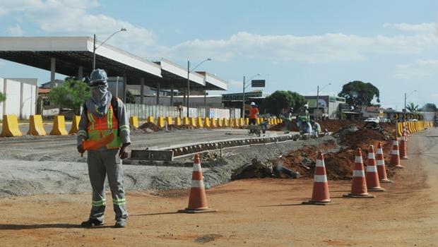 Ministro das Cidades anuncia retomada das obras do BRT em Goiânia