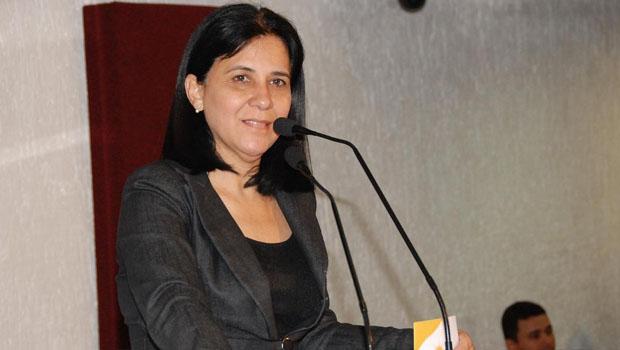 Deputada Amália Santana sofre aneurisma cerebral