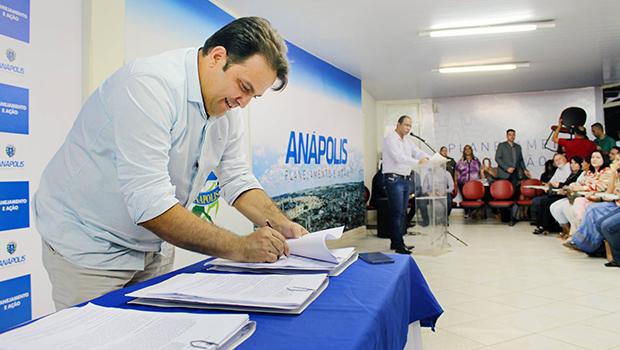 Roberto entrega uma das maiores obras de mobilidade da história de Anápolis