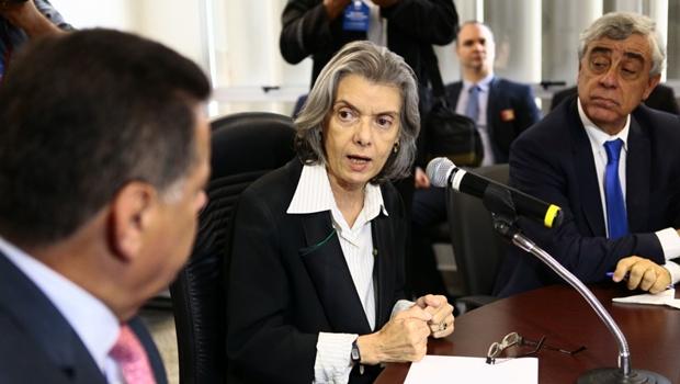 Mais de 70% dos presos de Goiás já estão cadastrados no Banco de Monitoramento