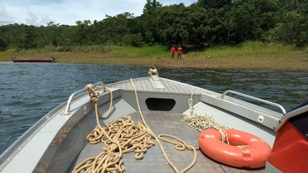 Corpo de Bombeiros encontra corpo de homem que se afogou no Lago Corumbá IV