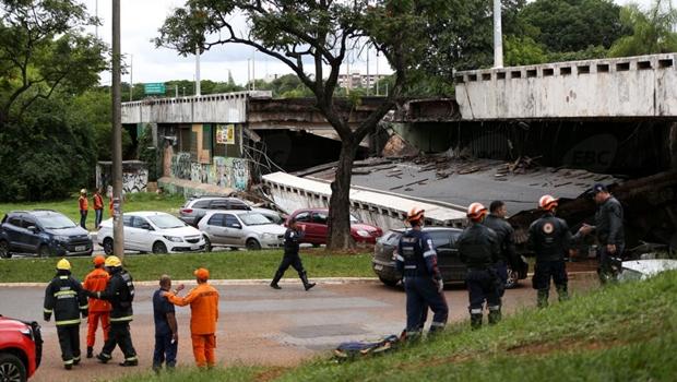 19 dias depois, governo inicia remoção de entulhos de viaduto que desabou