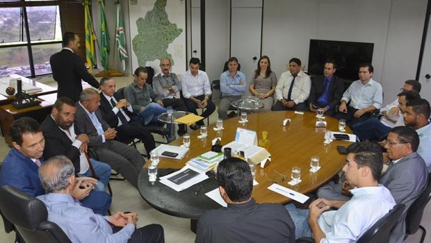 Base culpa Samuel Almeida e cobra gestão Iris por maioria na CCJ