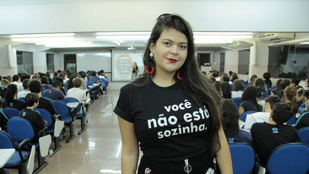 Aava se apresenta para assumir PSDB goianiense