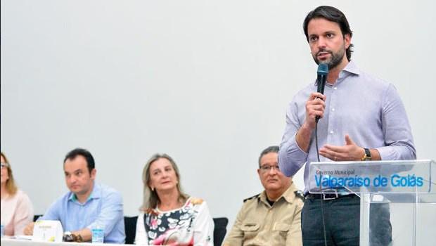 Baldy assina repasse de R$ 1,3 milhão para Valparaíso