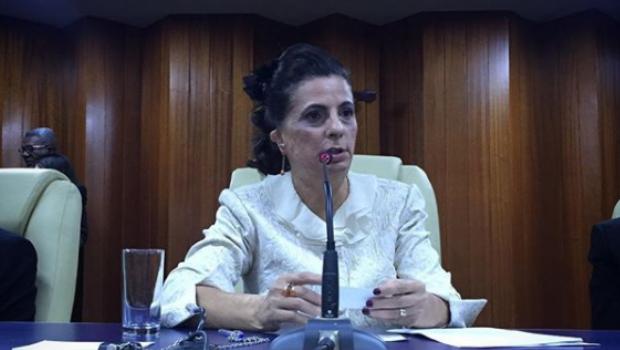 Dra. Cristina é citada em lista de políticas que merecem ser celebradas
