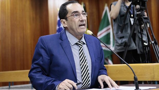 Kajuru diz que já previa suspensão do STF sobre investigação de Queiroz