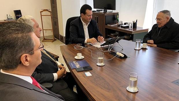 Francisco Jr participa de audiência com o ministro Gilberto Kassab